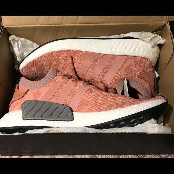 le adidas nwt nmd r2 primeknit sneakerssize11 poshmark